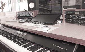 StudioA_Desk
